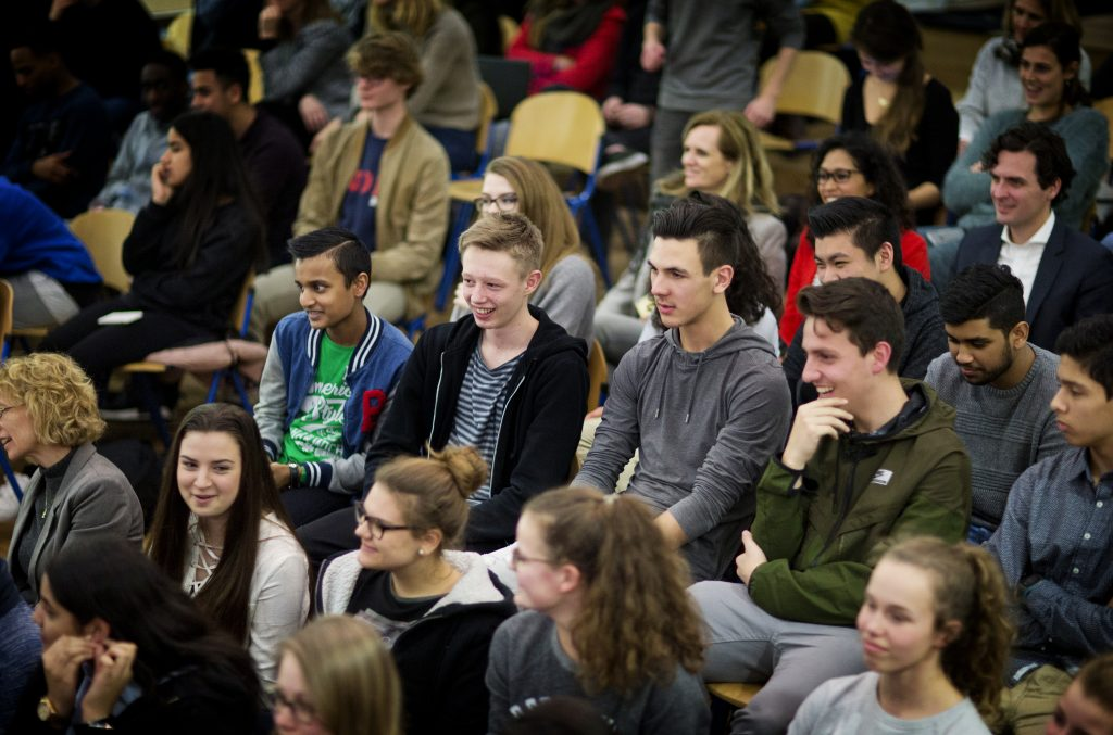 DEN HAAG - UNICEF Debatten op het Zandvliet College - FOTO GUUS SCHOONEWILLE
