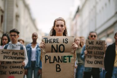 Kinderen en kinderrechtenorganisaties trekken aan de bel over klimaat bij de VN
